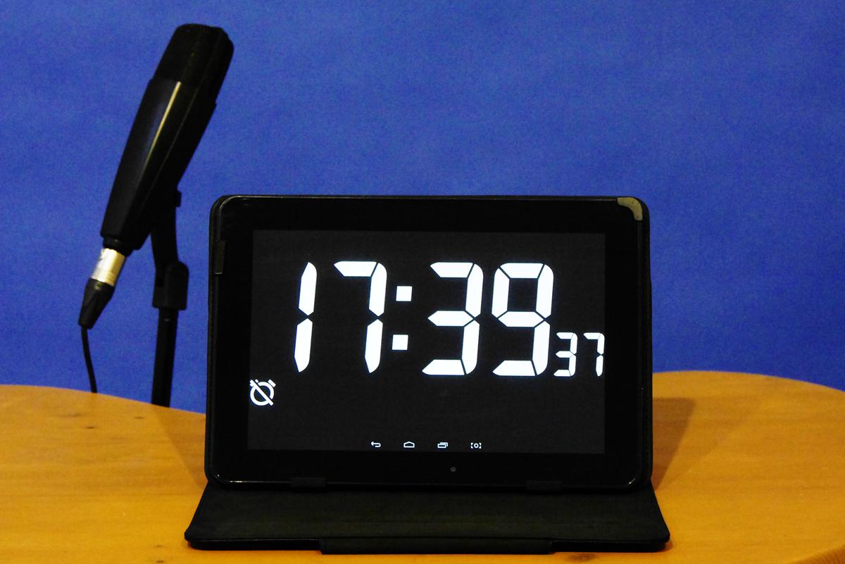 Mit einem Tablet-PC mit Timer-App behalten Sie auf der Bühne die Zeit im Blick