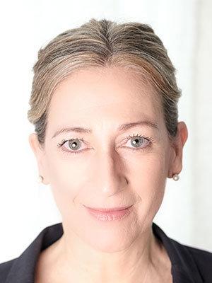Nicola Peters